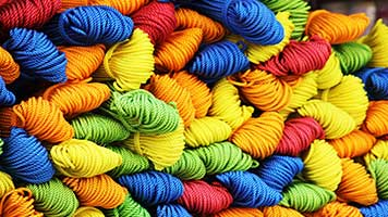 Get ready for winter with this colorful yarn! You can make lots of thick clothing from it! So start creating some unique pieces, of course after setting the Yarn wallpaper on your homepage.