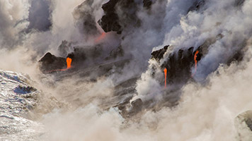 We know that volcanic erruptions are dangerous, but no one tells you how beautiful these phenomena really are. The smoke and the lava cover the ground, giving birth to a new land. So if you don't have any volcanoes in your country and you want to find out more about them, you should set the Smoke and Lava wallpaper on your home screen!