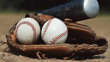 Put your gloves on and try catching this fire ball! The baseball match is on! May the best team win in this baseball finalee! So set this Baseball theme on your homepage and start planning for a victory celebration!